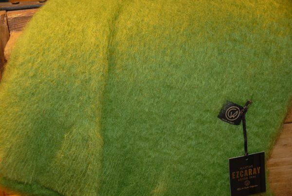 Bufanda Ezcaray mohair verde hierba