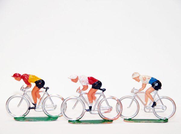Antiguo juguete ciclistas