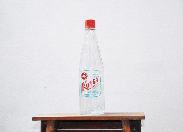 Antigua botella de gaseosa Konga
