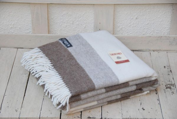 Manta de lana 100% León